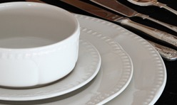 Churchill – Buckingham White Crockery Set